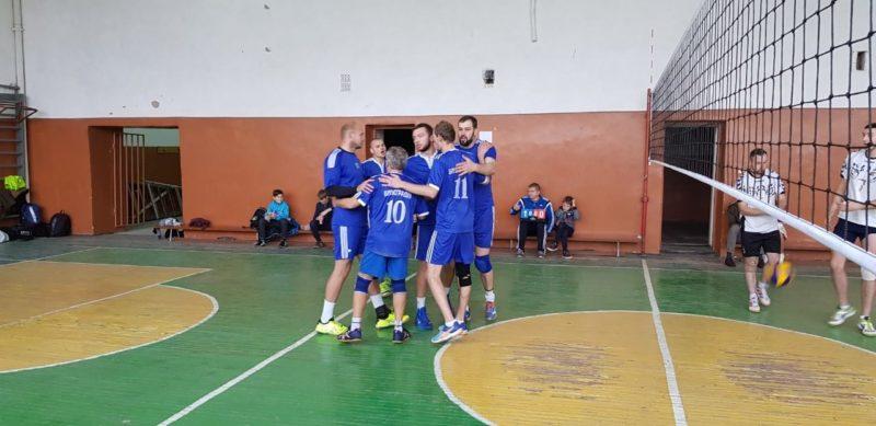 """Волейбольна команда """"Севлюш"""" отримала квиток до фіналу на змаганнях у Виноградові"""