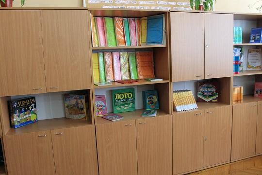 Школи для нацменшин на Виноградівщині отримали оновлені кабінети української мови