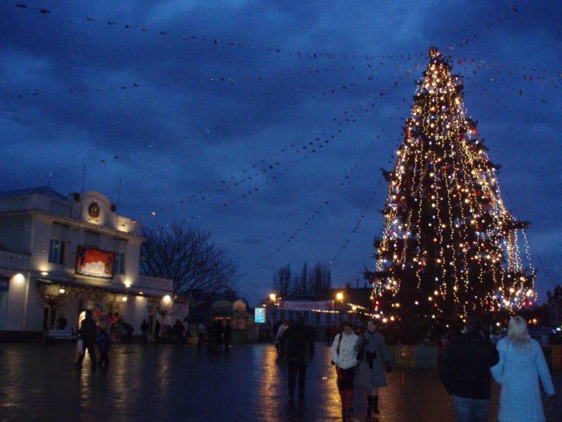 Стало відомо, скільки днів відпочиватимуть закарпатці на новорічно-різдвяні свята