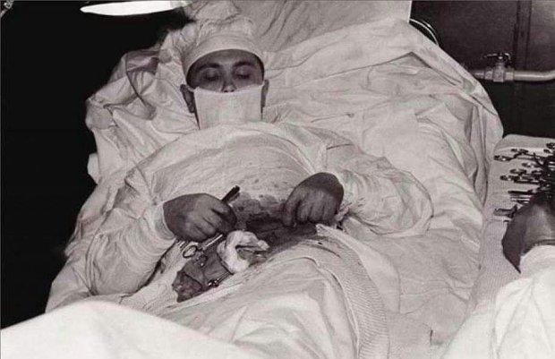 Історія не для слабкодухих: хлопець який став першою людиною у світі, яка самостійно і навпомацки вирізала собі апендицит