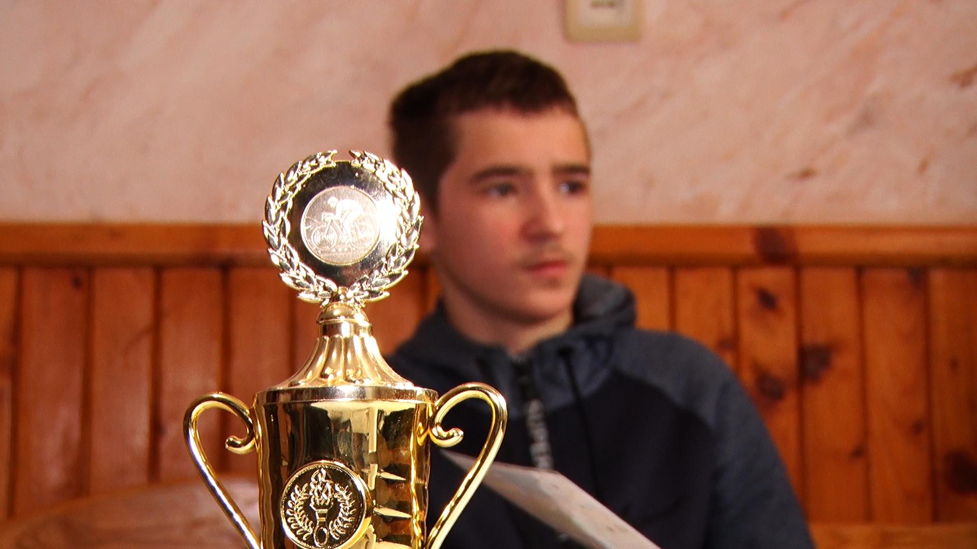 У селі Черник Свалявського району проживає юний призер чемпіонатів України із велоспорту (ВІДЕО)