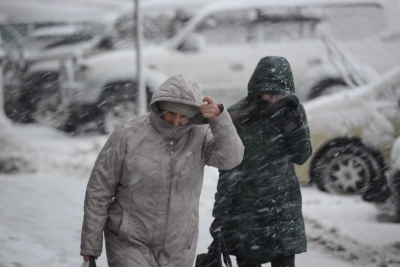 Небезпека зростає, погодні умови на Закарпатті погіршуються