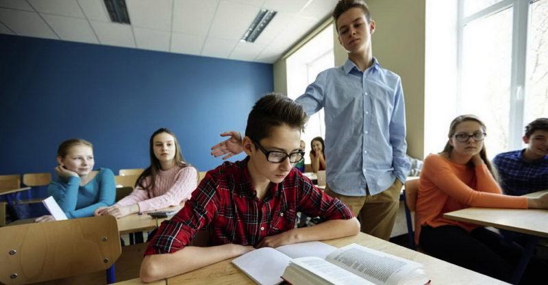 За цькування у школі доведеться відповідати: вступив у дію новий закон