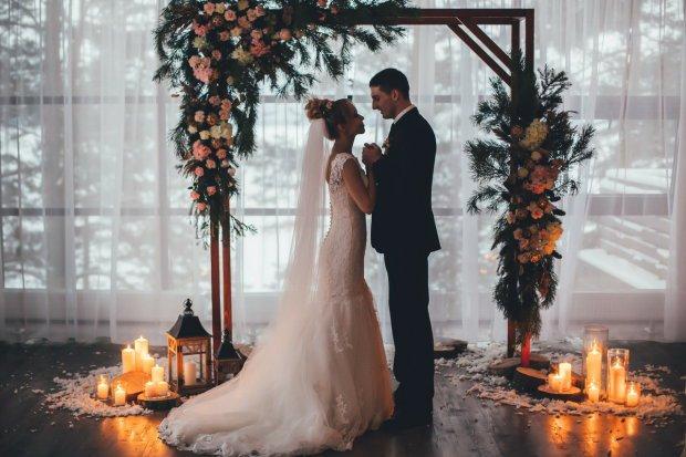 Українцям дозволять одружуватися без розлучення: закоханим пропонують нову послугу