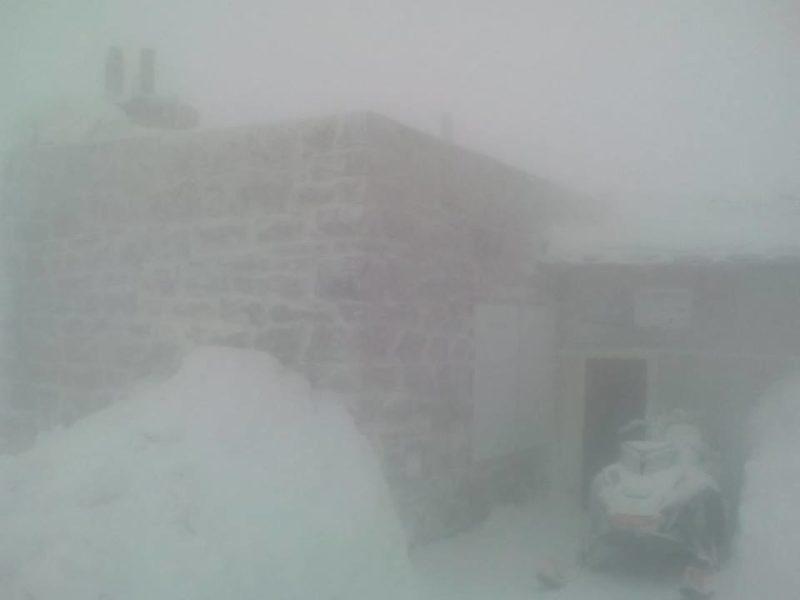 Чорногору знову замело снігом (фотофакт)