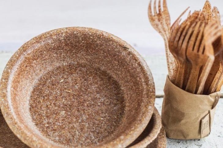 В Україні розпочали продаж їстівного одноразового посуду