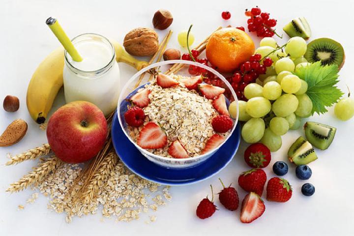 Понад 60% всіх хвороб лікується їжею: рецепт довголіття від відомого генетика