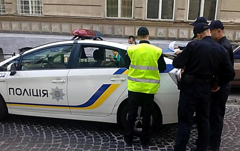 За яких умов поліцейський може провести поверхневу перевірку вашого автомобіля
