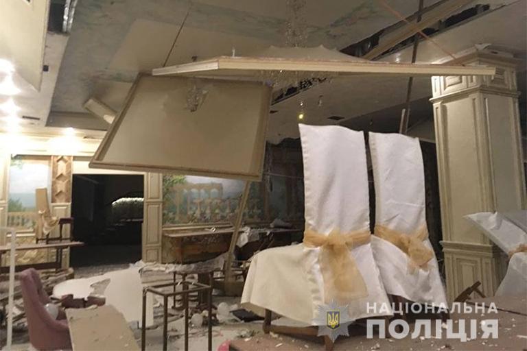 Виконавці замовлення: троє жителів Закарпаття причетні до підриву ресторану та розбійного нападу на Франківщині