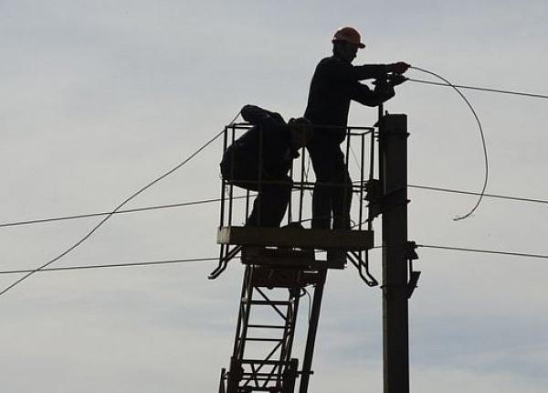 Закарпатців попереджають про планові відключення електроенергії (ГРАФІК)