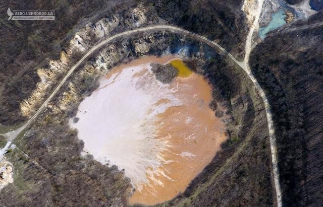 Золоте озеро визнали однією із головних родзинок Закарпаття (ФОТО)