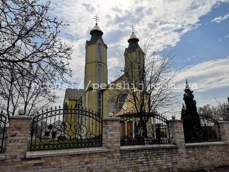 На Виноградівщині за одну ніч обікрали 4 храми (ФОТО)