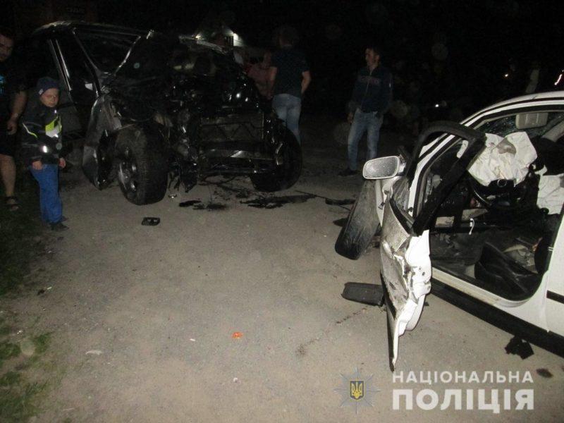 Водії в лікарні: поліція розкрила подробиці моторошної ДТП на Тячівщині (ФОТО)