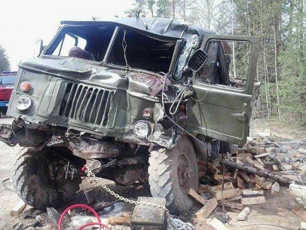 Страшна трагедія на Тячівщині: машина зірвалася з гори, багато загиблих