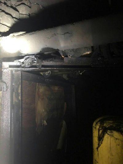 Через пожежу в одній з багатоповерхівок Закарпаття рятувальники евакуйовували людей (ФОТО), фото-3