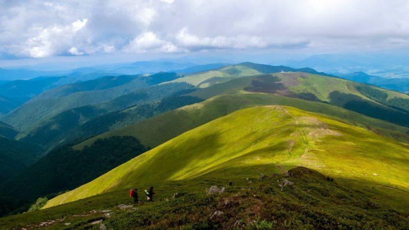 На Рахівщині в районі гори Піп Іван досі шукають заблукалу туристку зі столиці
