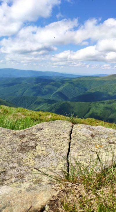 """""""Тут мав бути мат, але скажу так…Краще гір можуть бути лише гори, На яких ще не була людина"""""""