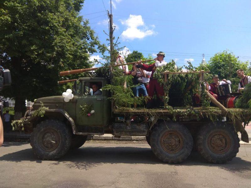 Хода, вівці, фестиваль: на Міжгірщині провели отари на полонину (фото)