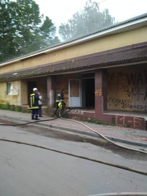 Рятувальники надали подробиці пожежі в одному із закладів харчування на Тячівщині (ФОТО)