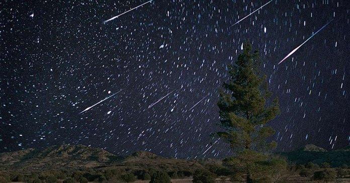 Закарпатці сьогодні вночі можуть спостерігати метеоритний дощ
