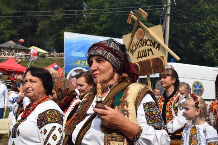 На Рахівщині пройшов великий гастрономічний фестиваль «Гуцульська бриндзя» (ФОТОРЕПОРТАЖ)