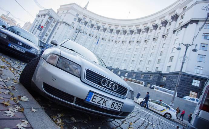 Євробляхерам запропонували два варіанти розмитнення: що треба знати