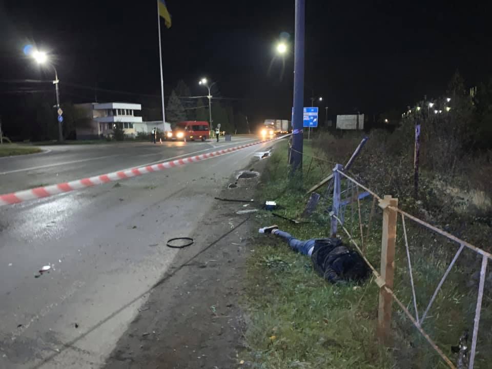 Аварія в Мукачеві: Пасажирка померла, а водій неушкоджений і п'яний