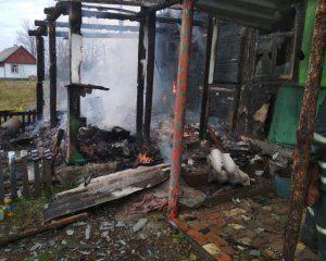 П'яна горе-мати заснула, забувши про плиту: 3-річний малюк загинув у вогні