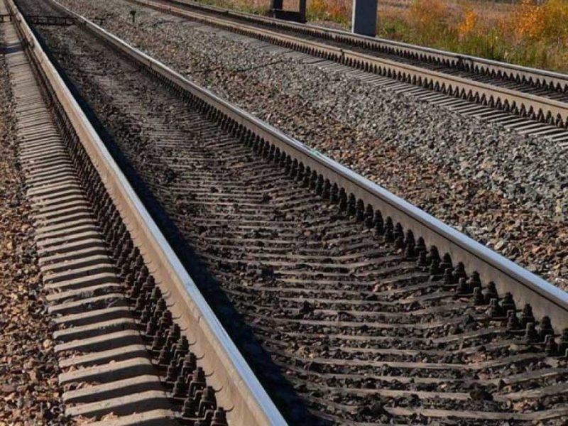 Смертельні навушники: потяг забрав життя 18- річної дівчини
