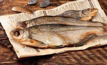 """Смерть в рибі: чоловік став жертвою """"солоненької"""" під пиво"""
