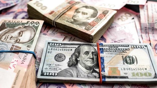 Долар та євро не здаються: курс валют на 23 січня