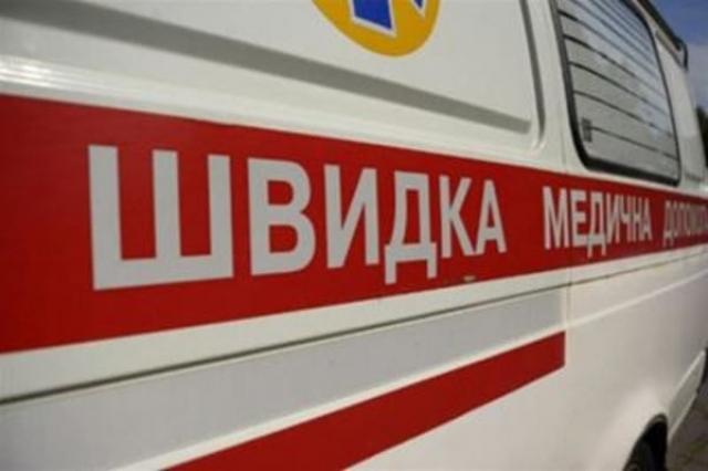 Везли на підлозі дірявої машини за 2 423 гривень: як Міжгірська лікарня транспортує важкохворих