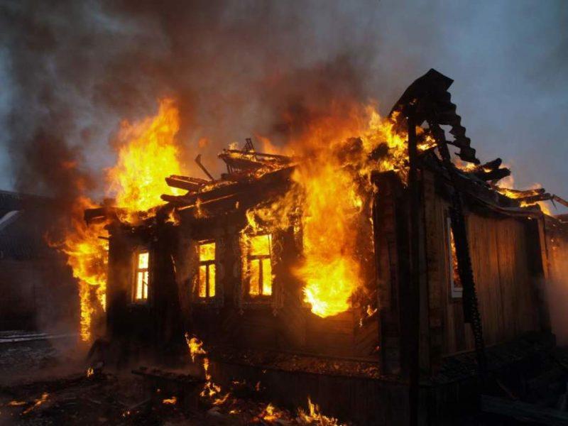 На Закарпатті в пожежі загинула людина
