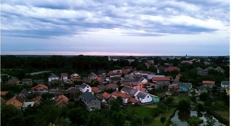 Погляд на Виноградів з висоти містичного замку (ВІДЕО)