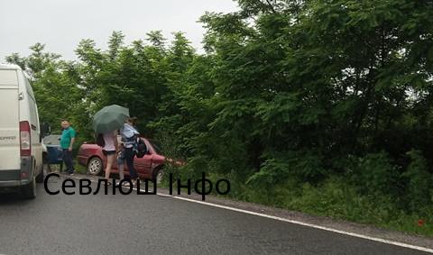 Аварія на Виноградівщині: є травмовані (ФОТО)