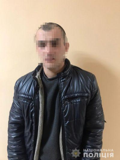В Ужгороді чоловік намагався викрасти автомобіль у таксиста